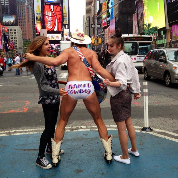 Naked Cow-boy, l'attraction touristique locale à New York
