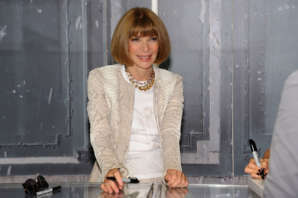 Anna+Wintour+Bergdorf+Goodman+Celebrates+Fashion+UK8WiKnfwOwl Quatrième édition de la Fashion's Night Out New York