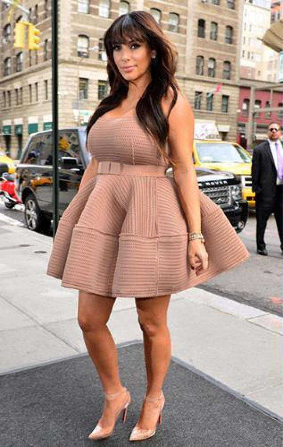 kim-kardashian-enceinte-devant-les-studios New York a source of Inspiration #1