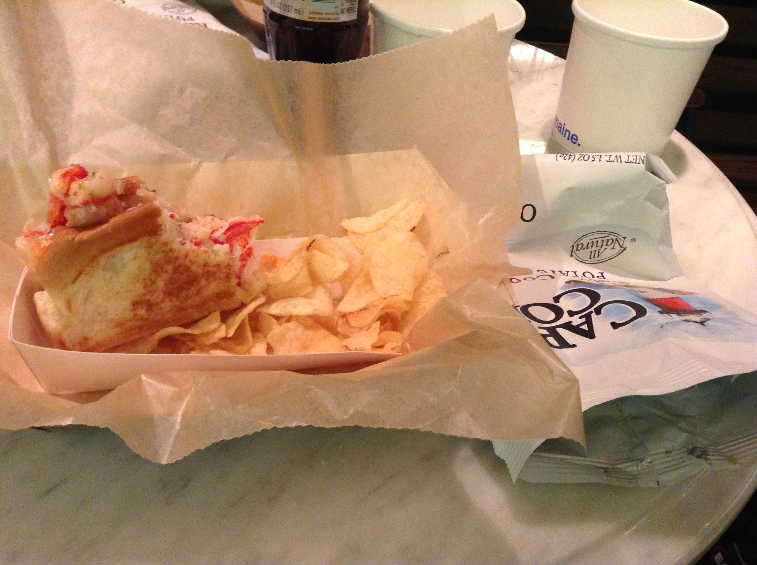 Lukes-Lobster-New-York Mon avis sur le hot dog au homard de Luke's Lobster New York