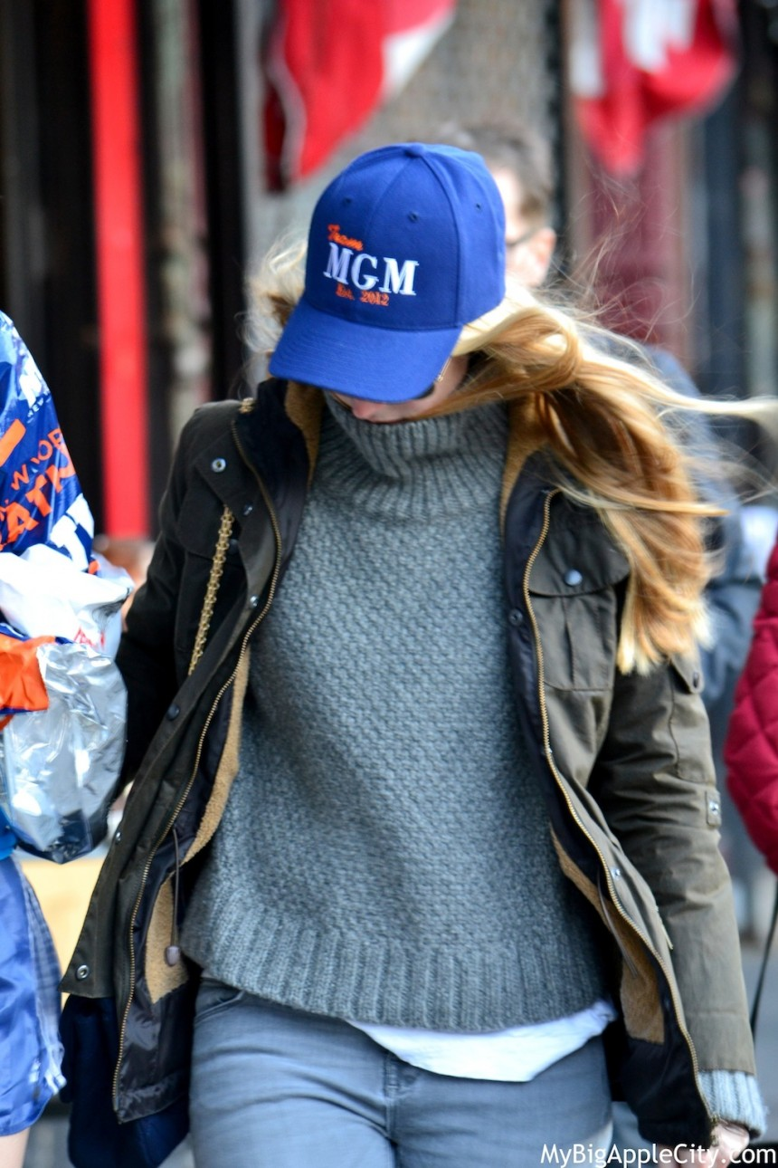 MyBigAppleCity-WeLoveNewYork-sweater-31-860x1290 Minute mode New York streetstyle #10 par Jennie : les pulls de New York