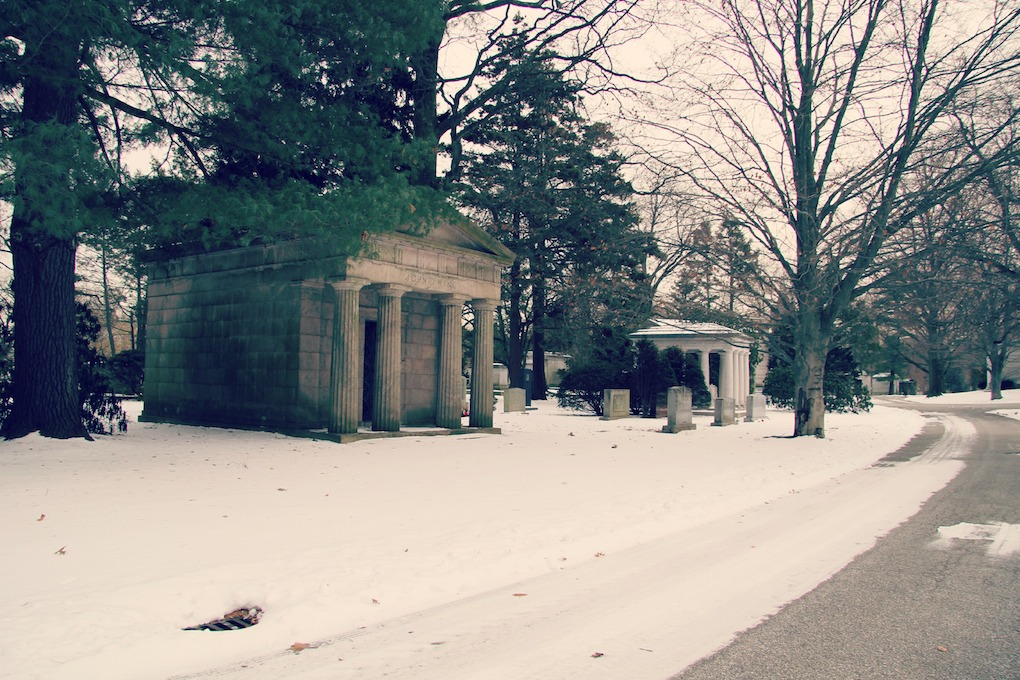 bronx woodlawn cemetery