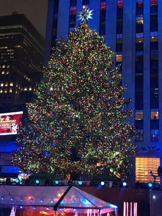 rockefeller-center-christmas-tree-new-york Christmas in New York, a source of inspiration #7