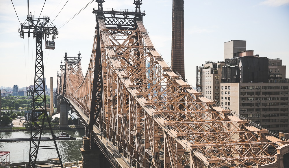 Roosevelt-island-queensboro-bridge-new-york Roosevelt Island et son tramway, une expérience incroyable à New York