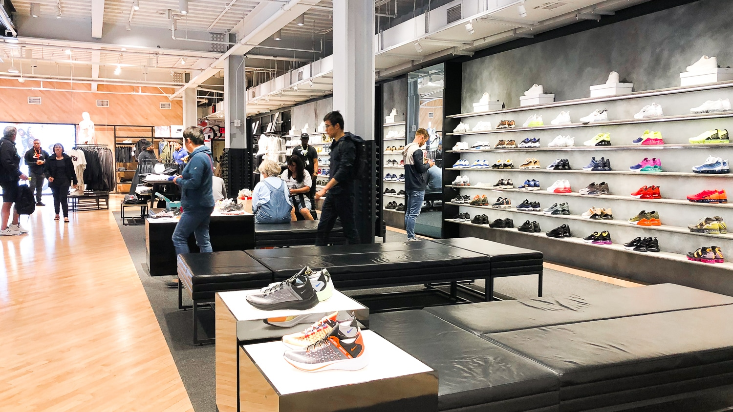Nike-sneakers-New-York Nike New York SoHo, pour une expérience shopping Made in USA
