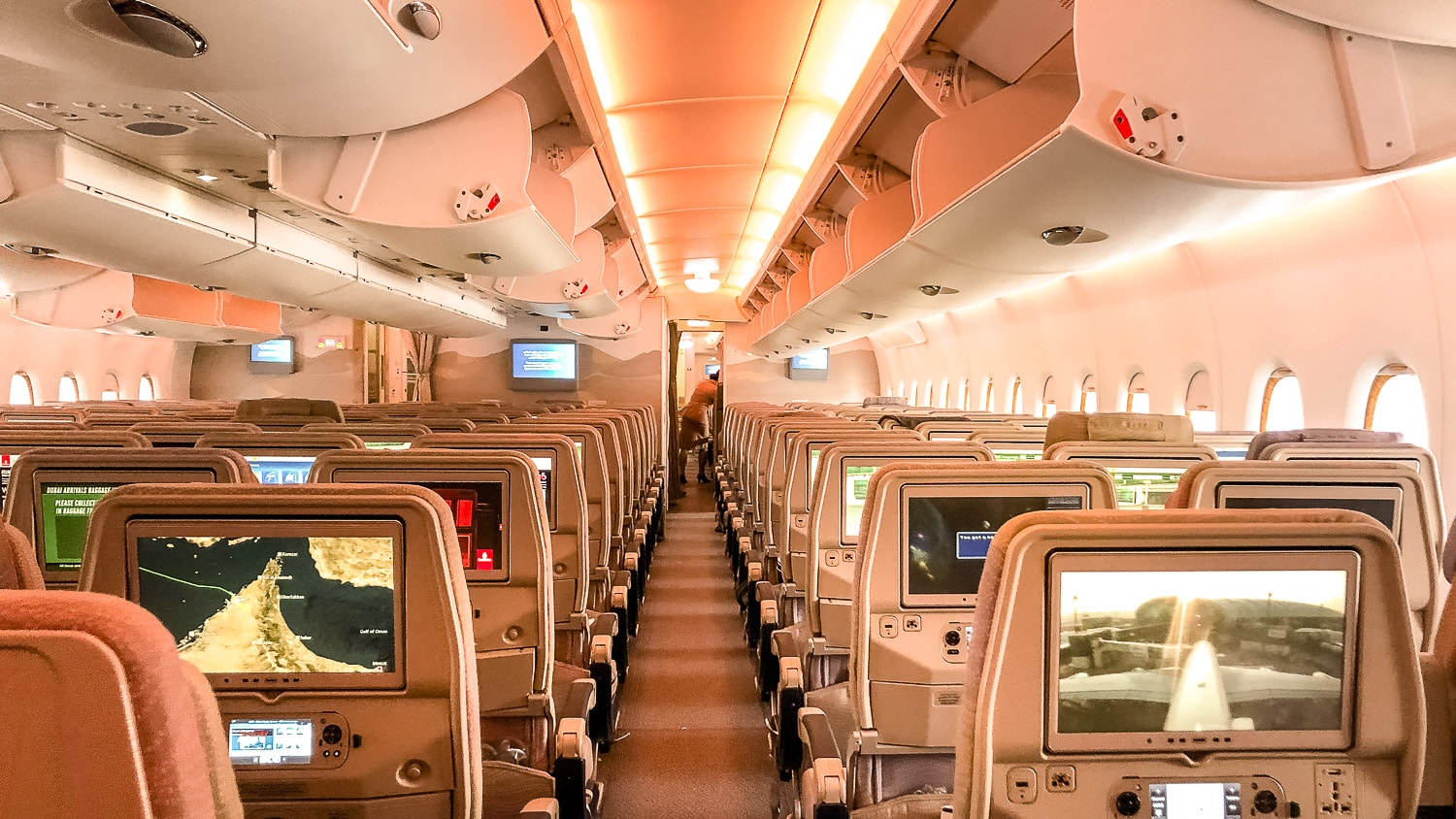 A380-emirates-airlines-classe-economique Mon avis sur Emirates Airlines : vol Paris Dubai en A380